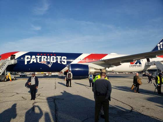 No Biggie. Just Mr. Kraft Casually Sending Dozens of Healthcare Workers to the Super Bowl Aboard AirKraft One