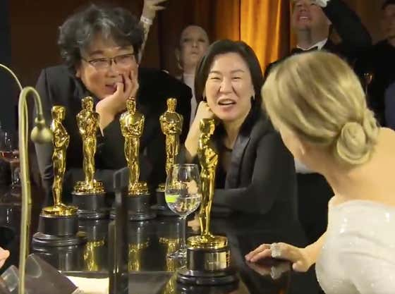 Bong Joon Ho Bringing All Of His Oscars To The Bar Is An All-Time Power Move
