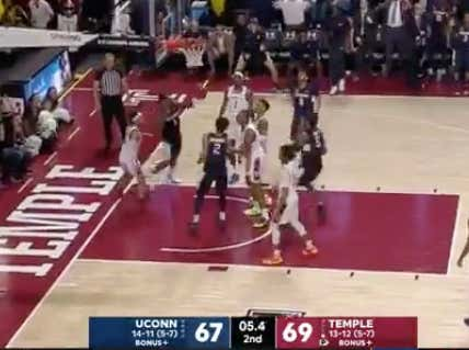 UCONN  hits the late shot to force OT and keep +1.5 alive against Temple