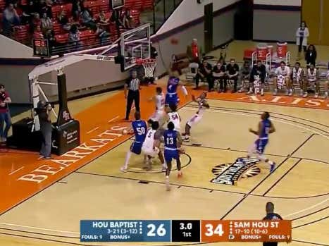 Houston Baptist scores before the buzzer to cover the 1H spread (+8)