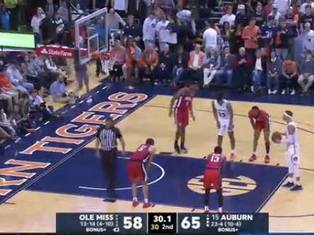 Auburn got fouled on their final shot of the game and nailed both free throws to cover -8.5 against Ole Miss @betthehoops