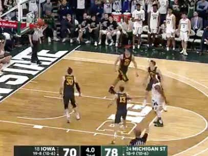 Cassius Winston misses a late free throw that would have covered MSU -8.5 @betthehoops