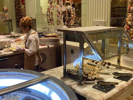 Breaking: Vegas Buffets Are Closing, We Are Officially In The Darkest Timeline Possible