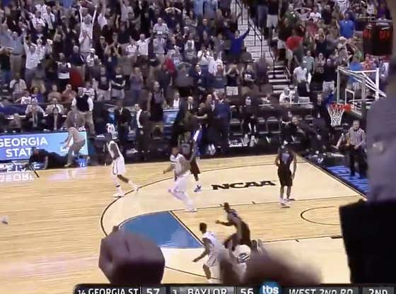 5 years ago today:  Georgia State (+550 ML) trailed by 10 with a 1:45 to play and closed the game on an 11-0 run to win it on this RJ Hunter buzzer beater.