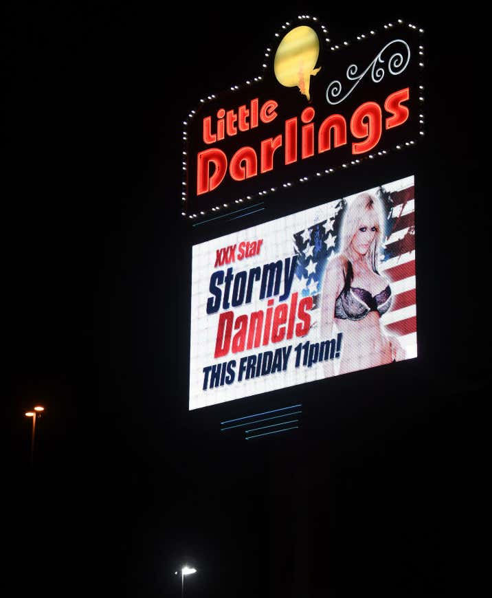 A Vegas Strip Club Will Offer Drive Thru Strip Shows To Comply With Nevada S New Guidelines Barstool Bets fnv new vegas is running poorly. a vegas strip club will offer drive