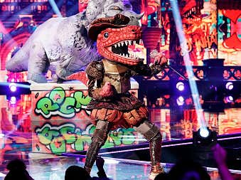 Recapping Week 8 of The Masked Singer (HINT: I'M ON A ROLL)