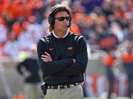"""Mike Gundy Wants Players Back on Campus Because """"They Have the Ability to Fight This Virus Off"""""""