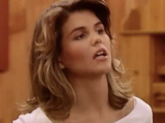 """I'm Very Disappointed In The Full House Crew Leaving Out Aunt Becky In Their """"Full Quarantine"""" Video"""