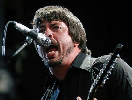 Foo Fighters Now Streaming One Of Their Most Legendary Shows Ever To Raise Money For COVID Relief Fund