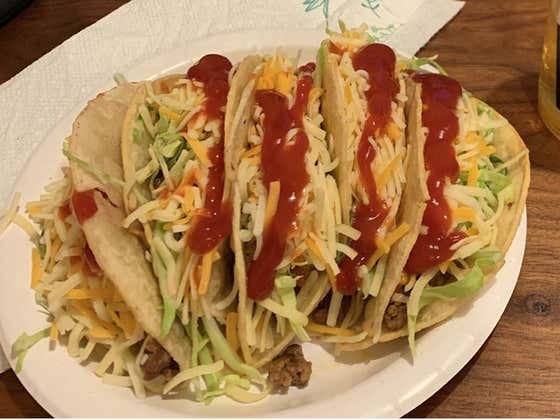 PSA: For The Love Of God, Do NOT Slather Ketchup On Your Tacos Like Adam Jones
