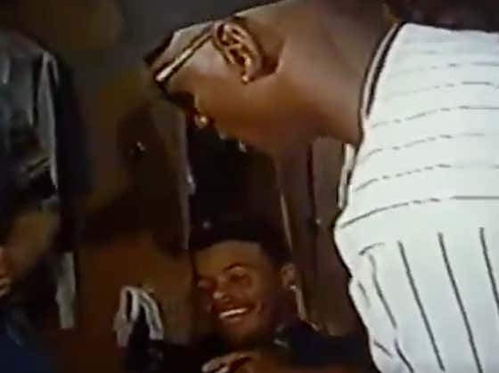 Michael Jordan Turning Into a 7 Year Old Autograph Seeker For Ken Griffey Jr. Will Always Be a Wild Scene