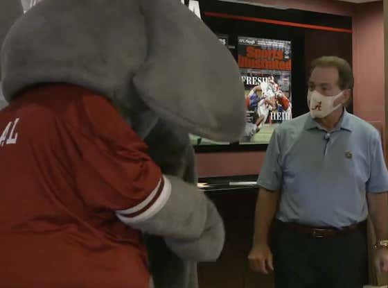 Big Al Is So Lucky He Didn't Get His Ass Kicked By Nick Saban For Not Wearing A Mask