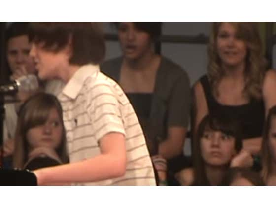 """10 Years Later, Greyson Chance's Cover of """"Paparazzi"""" Is Still One Of The Best Covers Of All Time"""