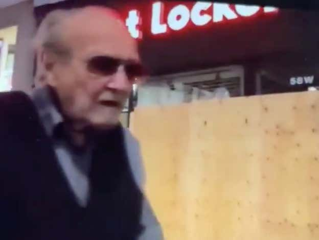 Is Stan Lee Walking Around NYC Or Am I Going Crazy?