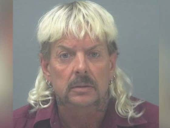Joe Exotic Has Written A Doozy Of A Letter To His Fans In Which He Says He'll Be Dead In 2-3 Months