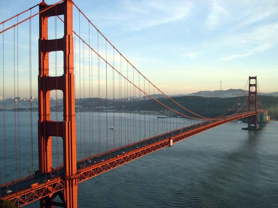 The Golden Gate Bridge Constantly Blaring a Creepy Alien-Like Sound Seems Like a Problem