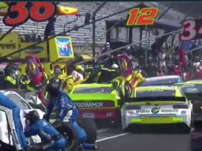 Chaos On Pit Lane!!! Ryan Blaney's Crew Member Appears To Be Okay After Getting Hit By The #15