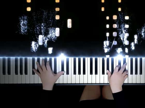 Wake Up With Aviccii's Levels On The Piano