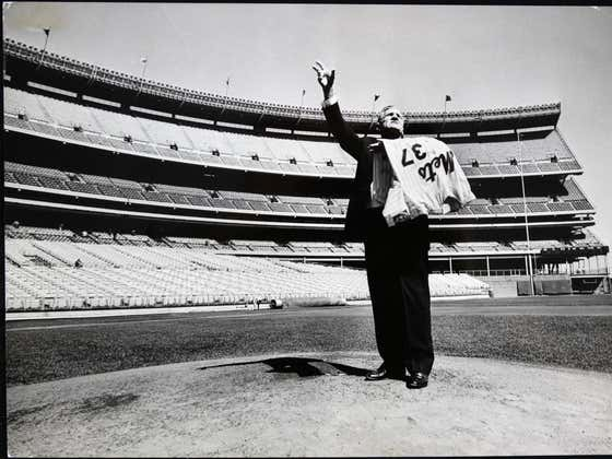 On This Date in Sports July 24, 1965: Casey Stengel's Farewell