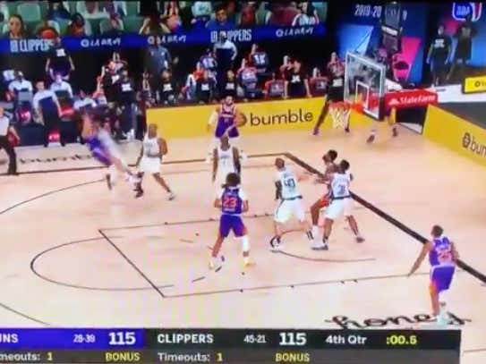 Booker drops 35 and the game winner for the Suns (+300 ML) @betthehoops