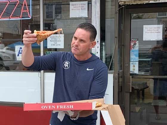 Lorenzo Pizza Review - Luciano's Pizza (Bronx, NY)
