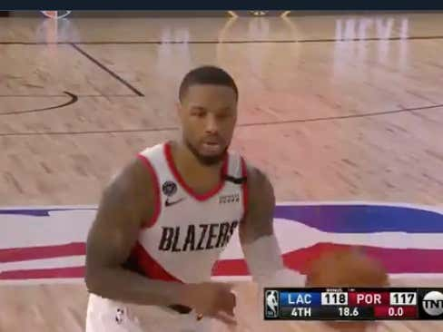 Damian Lillard (89% FT shooter) misses two free throws with 0:18 left down 1, Clippers (+154 ML) hold on to win 122-117 @betthehoops
