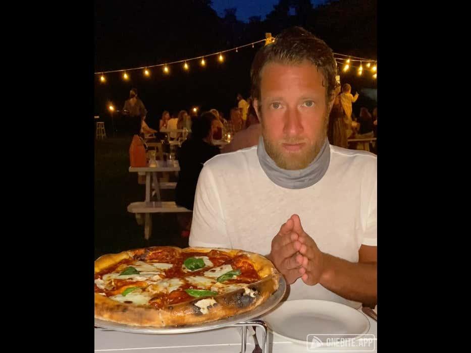 Barstool Pizza Review - Moby's (East Hampton, NY)