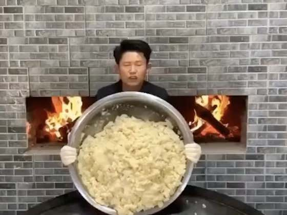 This Dude Mashes The Fuck Out Of Some Potatoes