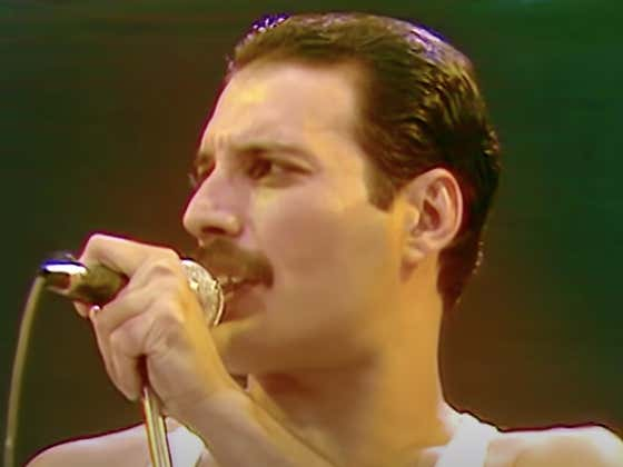Recommended: Queen At Live Aid (FULL SET)