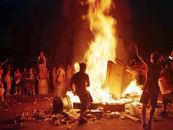 There's A Woodstock '99 Documentary In The Works And It Claims To Make The Fyre Fest Doc Look Like A Grand Old Time By Comparison