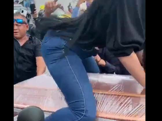 WILD Scenes At This Ecuadorian Funeral As Woman Twerks On Top Of Coffin