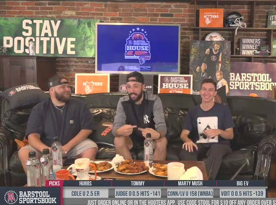Full Replay: Yankees vs. Indians - Game 1 at the Barstool Sportsbook House