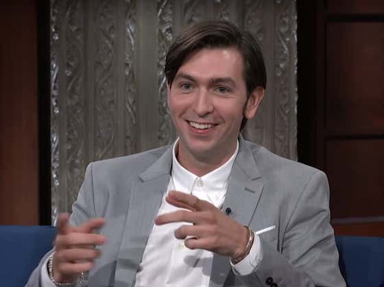 Nicholas Braun Doesn't Play Greg the Egg, HE IS GREG THE EGG