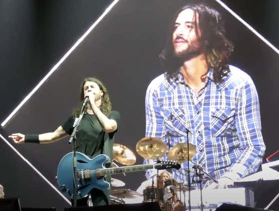 This Foo Fighters' 'Imagine'/'Jump' Mashup Quickly Went From A Funny Bit To A Heartfelt Tribute Today