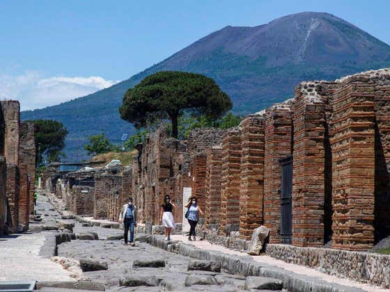 "Tourists Who Stole Ancient Artifacts From Pompeii Returning Them In Droves After Suffering From ""Curse"""