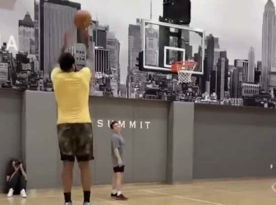 Nature Must Be Healing Because We Officially Have A New Melo Workout Video