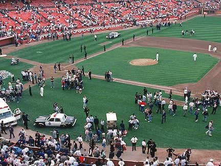 On This Date in Sports: October 17, 1989: World Series Earthquake