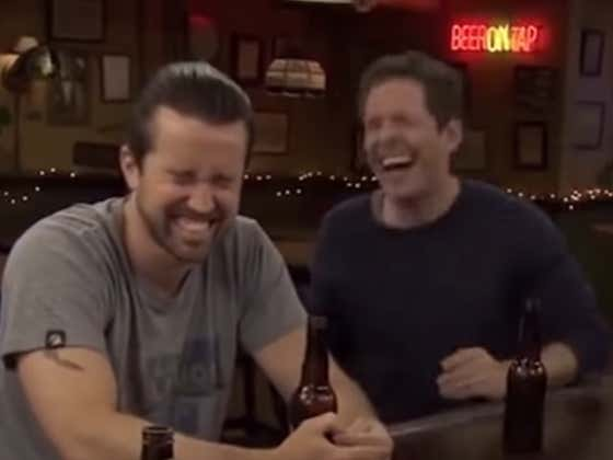 Wake Up With 10 Straight Minutes Of Always Sunny Bloopers