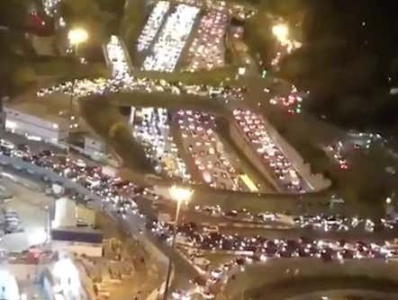 The Scene Of People Fleeing Paris To Avoid Another Lockdown Is Insane