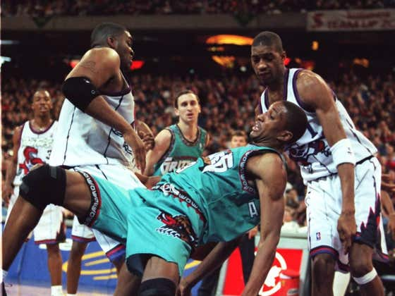 On This Date in Sports November 3, 1995: The NBA Goes North