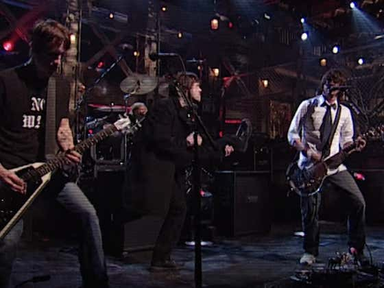 Saturday Night Live Announces Foo Fighters As The Musical Guest For This Weekend's Dave Chappelle Hosted Episode