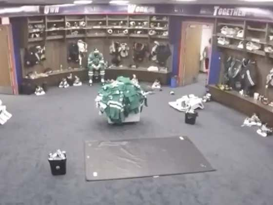 Jamie Benn Sitting Alone In The Locker Room Still Fully Dressed After Losing The Stanley Cup Final Is The Saddest Damn Thing You'll See Today