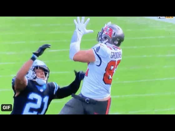 Remember 6 Weeks Ago When People Were Saying Gronk Was Toast?