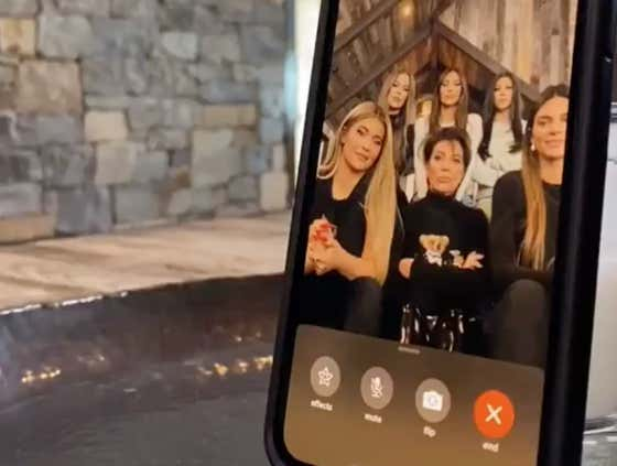 Getting a Random FaceTime From The Entire Kardashian Family Staring Directly Into Your Soul Has To Be The Scariest Thing Imaginable