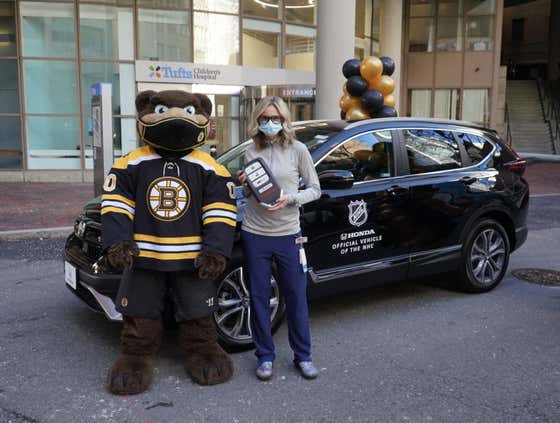 David Pastrnak Donated The Car He Won At The NHL All Star Game To An ER Nurse In Boston
