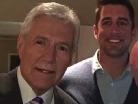 Aaron Rodgers Will Honor His Idol Alex Trebek By Guest Hosting An Upcoming Episode Of Jeopardy
