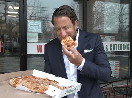Barstool Pizza Review - Café Villa (Chatham, NJ) presented by Slice