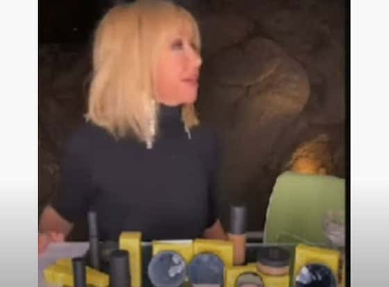 Suzanne Somers Stays Calm AF As Semi-Nude Man Breaks Into Her Home, Interrupts Live Stream