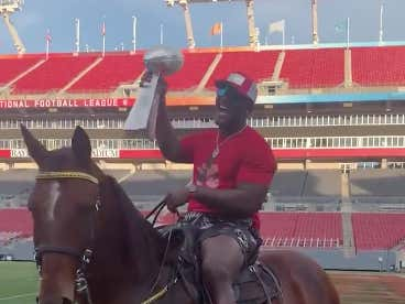 Bucs LB Devin White Rode His Horse On The Field In Raymond James Stadium Holding The Lombardi Trophy