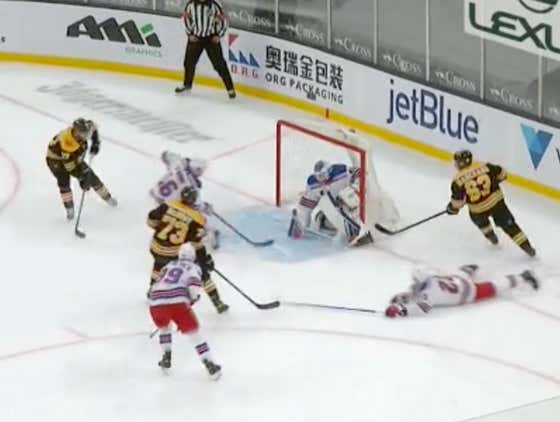 Holy Shit, This Brad Marchand Set Up To Patrice Bergeron For The Shorty Is FILTHY